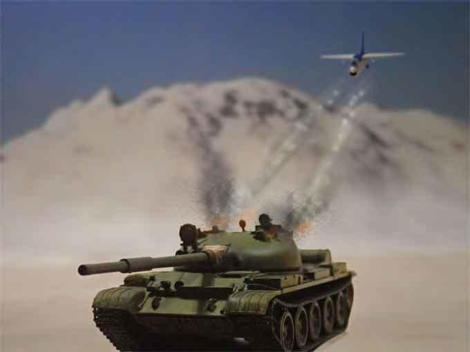 F-8Eに爆弾で攻撃される戦車